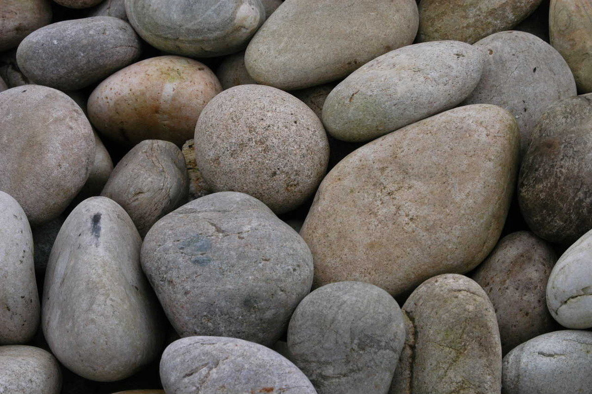 Scottish Beach Pebbles (50-75mm)